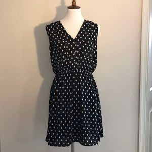 H&M polkadot sleeveless dress w/ gold buttons sz 8